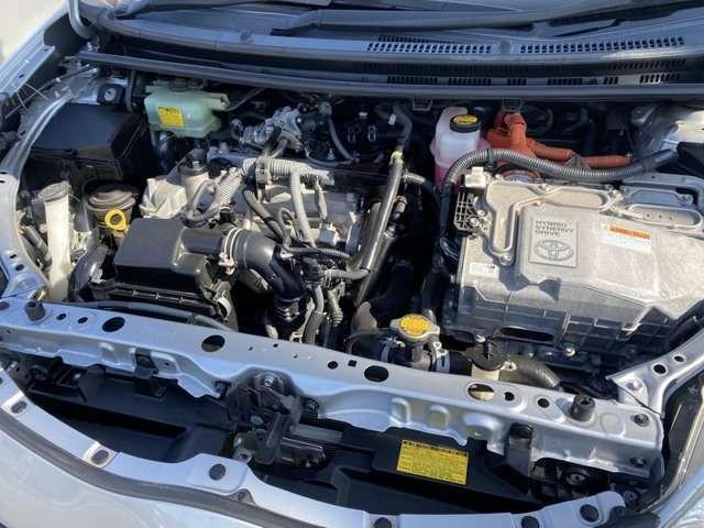 ピカピカエンジンルーム!エンジン良好/機関もバッチリ!点検整備をしてからのご納車だから、更に安心です。