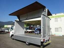 ★標準幅/ロング/全低床/1.4トン積載/4.3mボディ  ★NOx・PM適合/関東登録、乗入れOK!(アドブルー不要)  ★運転には、準中型(5t限定)免許以上が必要です
