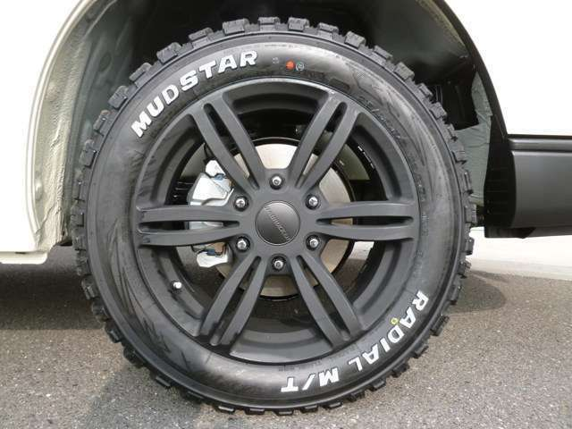 415COBRAバッドラッカー16インチ&マッドスタータイヤは標準装備!8種類のホイールからお選び頂けます!デモカー装着の17インチは別途49500円のオプションですのでご注意下さい!