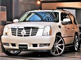 キャデラック エスカレード AWD 4WD 走行履歴証明書有 新品26AW CARFAX TWINモニタ- 後席モニタ- 1No登録車