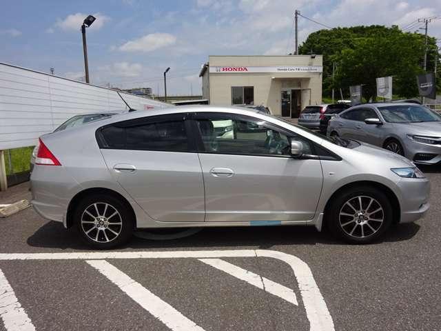 こちらの車両は ホンダカーズ千葉 茂原東店にて展示中です♪ご来店の際は、ご一報いただけますよう お願いします  m(_ _)m 担当:寺岡