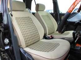 ◆人気のベージュチェック柄シートです♪運転席側、助手席側共に綺麗な状態で保たれております♪BRIDGE GATE 【ブリッジ・ゲート】0066-9711-447685までお気軽にお問い合わせくださいませ。