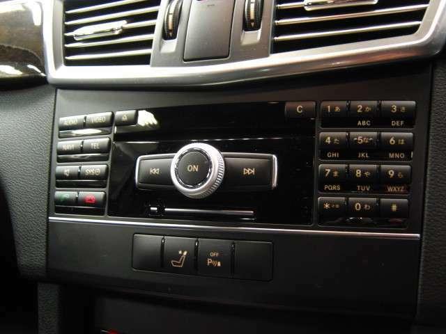 点検記録簿つきです。前オーナーの整備歴がわかるため、無駄な部品・工賃代が発生せず、効率の良い整備が行えます。また、丁寧に乗っていた証拠でもありますので、車両状態の信頼性にもつながってまいります。