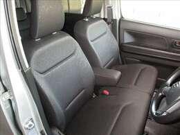 落ち着いた雰囲気の内装で、運転も落ち着いて出来そうですね!