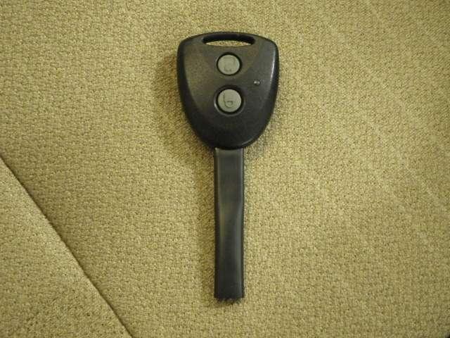 ボタン一つでロック、アンロックができるメインキー。