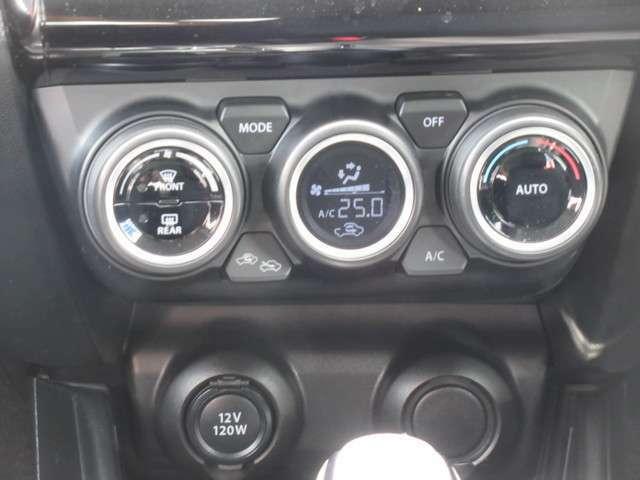 AUTOエアコンなので、室内温度を自動的に調整してくれるので快適なドライブを演出してくれます★