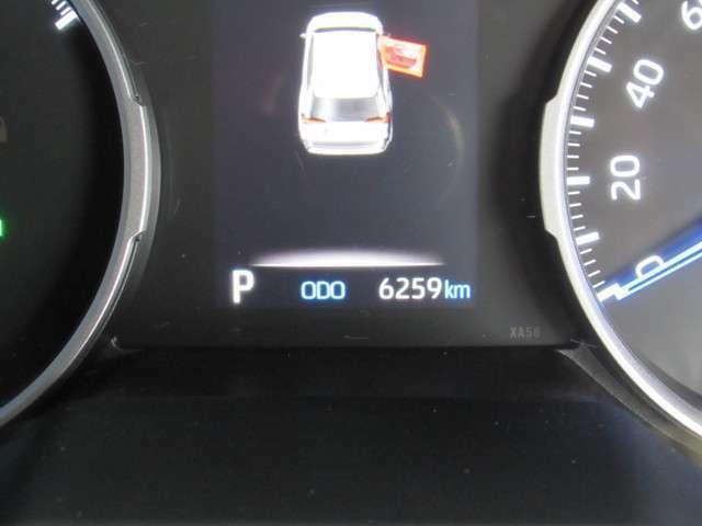 高年式・走行距離が極端に少ないチョイ乗り車がとてもうれしい、新車保証も付いてるお勧めの一台です!!