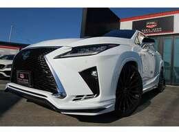 カスタムRX200t Fスポーツ 4WDTRDフルエアロ マークレビンソン ワーク22インチ モデリスタダウンサス レッドシート OPサンルーフ OP二列目電動可能シート OPマークレビンソン 各白黒塗分け/ラッピング