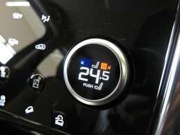 ヒーター付フロントシート(58,000円)「オプションのシートヒーター搭載。3段階で温度調節ができ、季節によっては欲しい機能の一つです。」