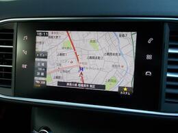 7インチタッチスクリーン エアコン操作機能マルチメディア再生機能ハンズフリー通話機能ドライビングアシスト設定機能ナビゲーション機能(オプション装着済み)などの操作系が集約されています。