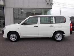 オート石原一宮店では中古車はもちろん、新車も取り扱っております!国産・輸入車、なんでもご相談下さい!