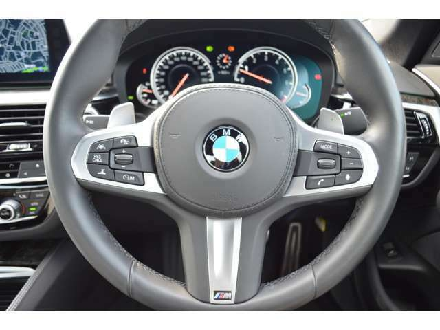 ご納車前の点検整備費、そしてご納車後の認定中古車保証料は全て車両価格に含まれております。BMWは安心の正規ディーラーで!詳細は、Ibaraki BMW BPS守谷⇒TEL 0066-9711-450979(10:00~19:00月曜定休、祝除)