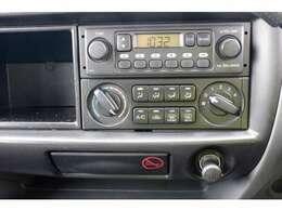 お車をご購入して下さったお客様には、中古ETCの取付を¥6000で行います!スタットレスタイヤ、夏タイヤ等も取り扱いしております。御気軽にご相談下さい。
