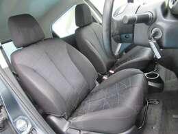 フロントシートも綺麗です♪