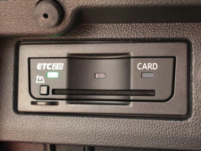 高速道路にスマートアクセス!便利なETC車載器です。