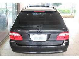 新車時メーカーオプションのEASY-PACK電動リアゲート&フィックスキット付です。詳しくは弊社ホームページをご覧下さいhttp://www.sunshine-m.co.jp