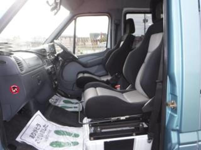 社外「フロントシート左右(レカロ社製)」&シートフレームASSYは、弊社奨励オプション設定品(別途費用加算対応)となります!! (装着不要の場合は、弊社指定のシートと交換対応となります)