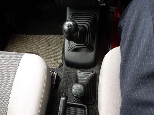 4WD 5速ミッション