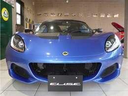 常にライバル車種をリードしてきたエリーゼ。新型エリーゼ スポーツでは、そのエリーゼらしさを活かしながら、様々な改良により軽量化を実現しています。