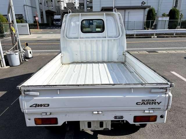 ご契約時は手付金として1万円のみお預かりさせていただきます。納車日前日までに残金を指定口座へご入金していただくか納車日当日に現金をご持参ください。納車日はお客様のご都合に合わせられます。