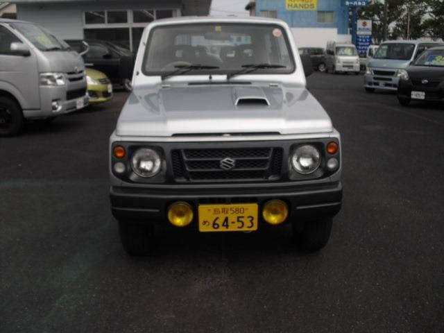 今話題の月々一万円~新車マイカーリース取扱いしております。お気軽に従業員にお尋ね下さい。