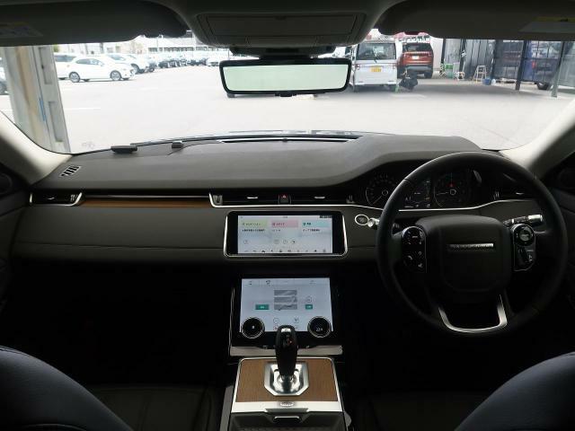 【2020年モデル】現行のレンジローバーイヴォークが入荷致しました!ドライブパック、プレミアムLEDヘッドライト、クリアサイトリアビューミラーなど快適装備も充実!店頭でぜひ、現車をご確認下さい。