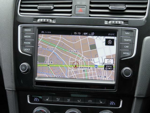 Volkswagen純正インフォテイメントシステム「Discover Pro」DSRC:ナビゲーションはじめオーディオ&ビジュアルや車両に関する情報などを集約したシステムです。