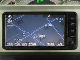 トヨタ純正ナビゲーション付き♪CD・AM・FMが視聴可能☆使い勝手も良く、操作も簡単です!お気に入りの選曲で、通勤・ドライブを快適にどうぞ♪