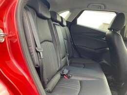 リアシートもホールド感があり、長距離のドライブでも疲れを少なくさせてくれます。