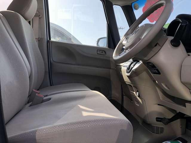 車の状態だけでなく、内装やシートなどの程度も非常良いお買い得の1台です!