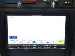SDナビはプログラムを別のメモリーに読み込んだり、音楽記録用に別のSDカードを使ったり便利です。地図のアップデートがパソコンでお手軽に出来ます