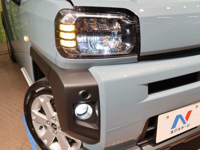 【LEDヘッドライト・LEDフォグ】 ヘッドライト、フォグライトは最新のLED式になっております! 悪天候や夜間の走行も視界良好で安心してお乗りいただけます。