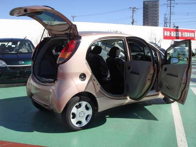 安心の全車入庫時に除菌クリーニングなど行っております。