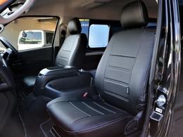 1列目、4列目シートにはFLEXオリジナルのレザー調シートカバーを装着しています! 高級感を演出すると共にシートの保護効果も期待出来る仕様になっております☆