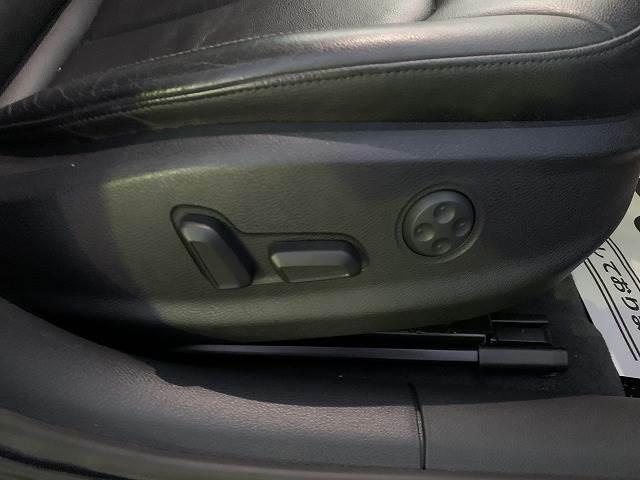 パワーシート装備しておりますのでドライバーに合ったシートを作ることが出来ます!