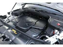 2.9リッターDOHC 直列6気筒ディーゼルターボチャージャーエンジン 330PS/71.4kgm