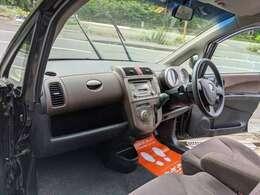 4WDで黒色、内外装も問題なくおすすめ車両です!