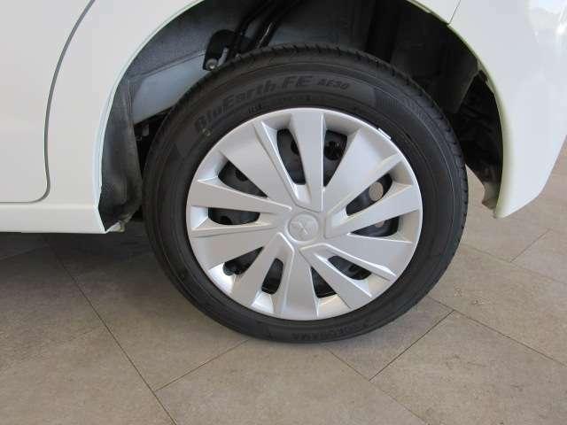 純正のホイールで車検も安心です。