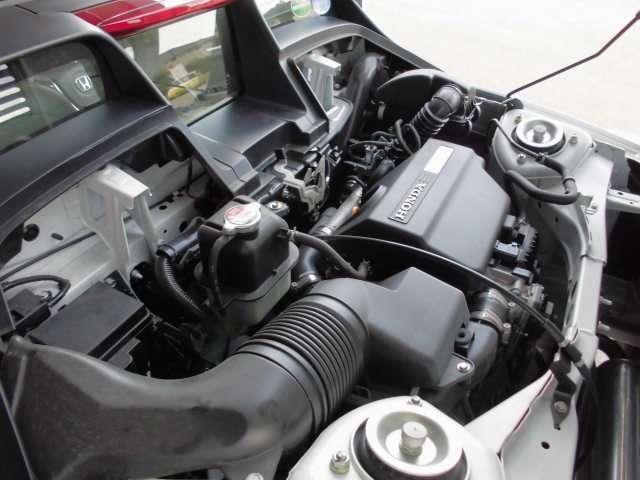 新車保証継承をディーラーにておこない点検後にご納車させて頂きますので安心です。納車後の万が一のトラブルは全国のディーラーにて保証対応可能です。