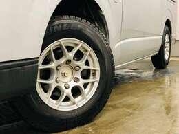 社外15AW☆タイヤサイズは195/80R15です!!お好みのタイヤ・アルミホイールを付けできますのでお気軽にご相談くださいませ☆彡