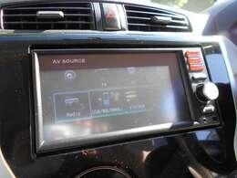 純正メモリ-ナビゲーション フルセグTV CDチュ-ナ-付車となります♪ 追加装備でバックカメラ装着も可能です。
