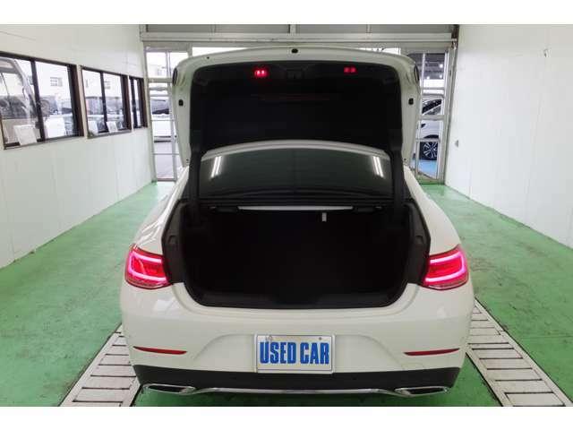 電動パワートランク 520L容量【当店取扱ジャンルならではの価格】 高年式、低走行のお車をお求めし易い価格でご提供。業販も行っております。通話無料【 0078-6002-358442】