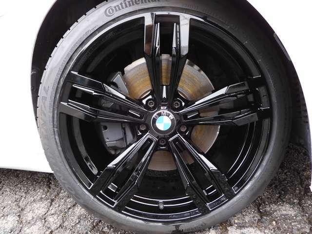 M6仕様20インチアルミアルミホイール!新品コンチネンタルタイヤ!