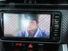 純正SDナビ付♪ CD録音&DVD再生&フルセグTV付き♪楽しく運転できますね♪