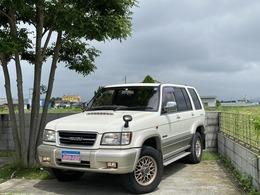 いすゞ ビッグホーン 3.0 プレジール ロング ディーゼルターボ 4WD 7人 ETC