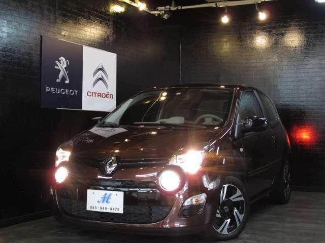 お洒落で可愛くも乗れるフランス車は女性にとってファッションの一部として取り入れられる方もいらっしゃいます☆