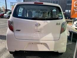 軽・コンパクト・ステーションワゴン・1BOX・セダン等の乗用車から商用車まで幅広いジャンルのお車を取り扱っております。