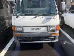 使い勝手OKオートマハイゼット入庫しました。オートマ限定OK 機関良好 エアコン 4WD お気軽にお立ち寄りください。