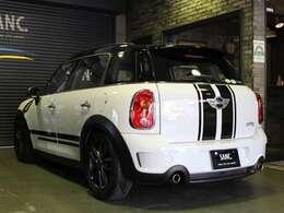 BLITZ製 車高調サスペンション。