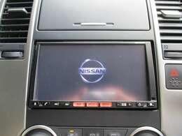 お出かけ時に欠かせないナビは流行りのメモリーナビ!CD・SD再生やフルセグTV視聴とドライブが盛り上がるナビです!